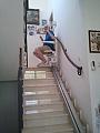 מעלון כסא לניוד במדרגות