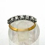 טבעת אירוסין זהב צהוב ולבן 14K משובצת עם 7 יהלומים