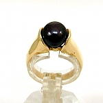 טבעת זהב צהוב 14K משובצת עם אבן אמטיט סגולה