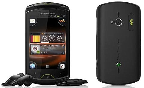 Sony Ericsson Live with Walkman - 1