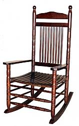 כסא נדנדה מעץ מלא