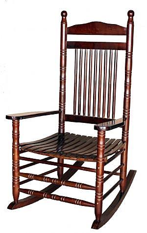 כסא נדנדה מעץ מלא - 1