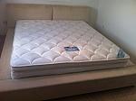 מיטה מרופדת דגם דובה