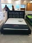 מיטה מרטפדת דגם מרובעים