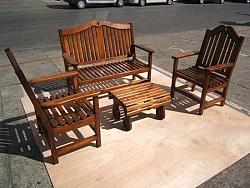 פינת ישיבה מיוחדת מעץ
