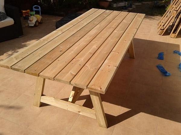 שולחן עץ גדול לגינה-1800 ש