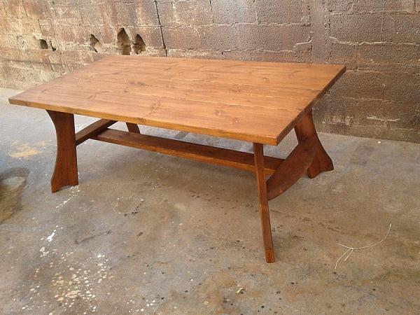 שולחן עץ מסיבי ענק לגינה בגודל 100/200  -2000 ש