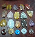 תליוני אבנים למזל וברכה