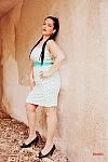 שמלת כתפיות מנוקדת