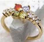 טבעת יוקרתית לאישה 18 קראת מאובזרת עם אבני טופז