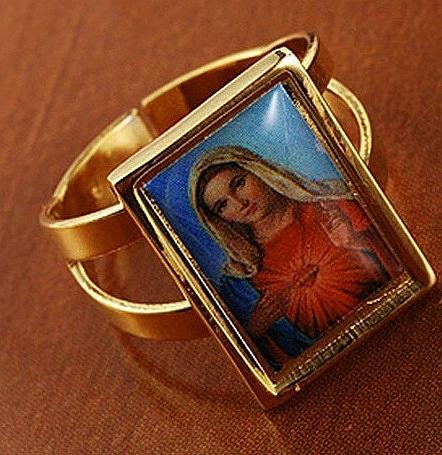 טבעת יוקרתית לאישה עם דמותה של מריה הקדושה - 1