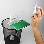 שער כדורגל לפח ניירות המשרד
