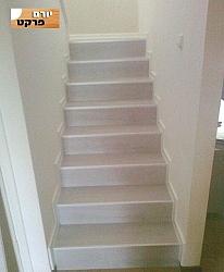 התקנת פרקטים על מדרגות - יורם פרקט