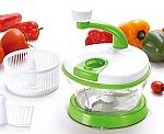 קוצץ ירקות עם מסחטת מיץ