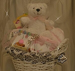 מתנה ליולדת : תינוקת נולדה